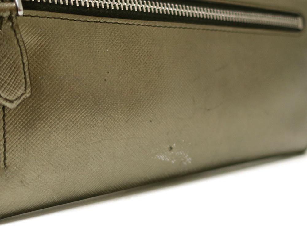 プラダ 二つ折り 長財布 1M1132
