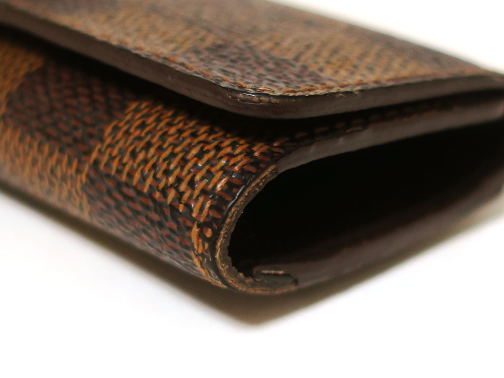 ルイヴィトン ダミエ エベヌ ミュルティクレ4 キーケース4連 N62631 Bランク 外側ダメージ02