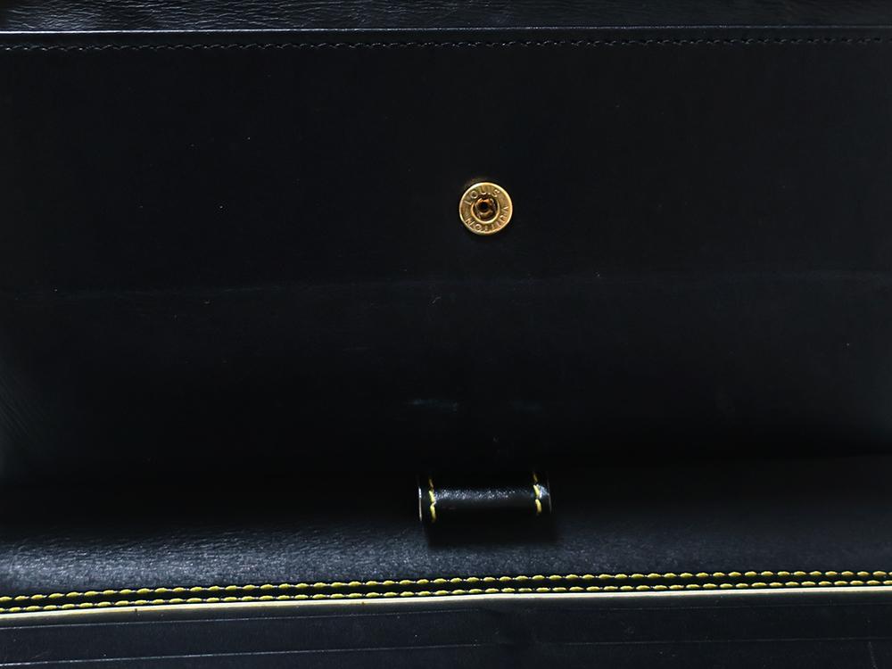 ルイヴィトン スハリ ポルトトレゾール・インターナショナル 長財布 M91836 内側ダメージ02