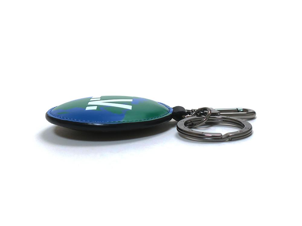 ルイヴィトン モノグラム ポルトクレ・パディッド モノグラム ロゴ リバーシブル バッグチャーム キーリング M68307 側面01