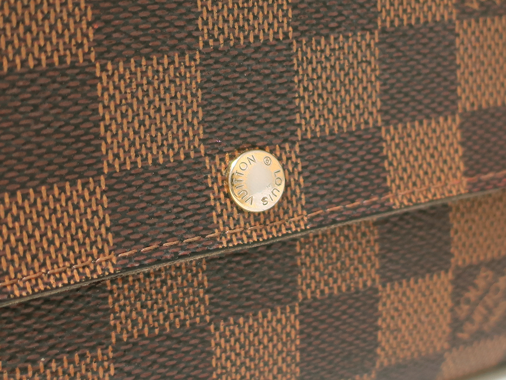 ルイヴィトン ダミエ エベヌ ポルトフォイユ・サラ 長財布 N61734 Bランク 外側ダメージ05