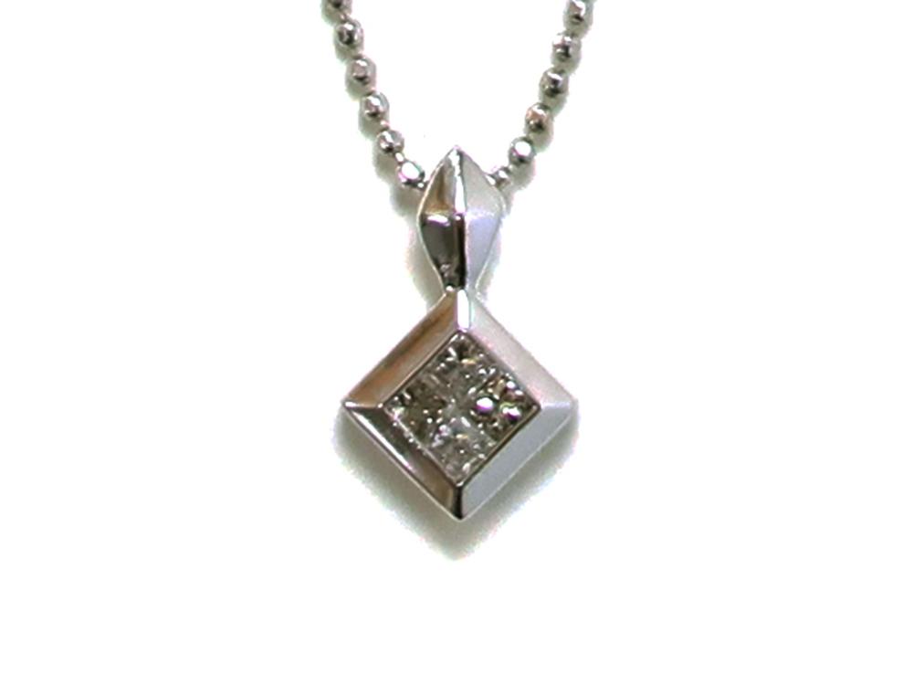 ジュエリー ホワイトゴールド ダイヤモンド ネックレス ダイヤ0.20ct 正面