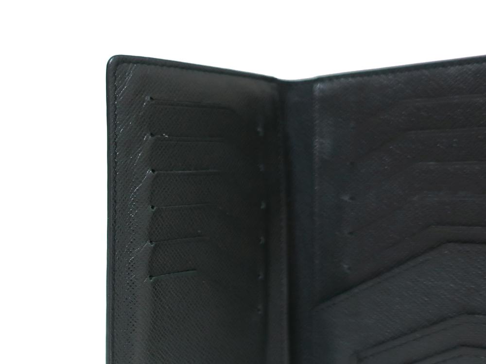 ルイヴィトン タイガ ポルトフォイユ・ロン 長財布 M32662 内側ダメージ01
