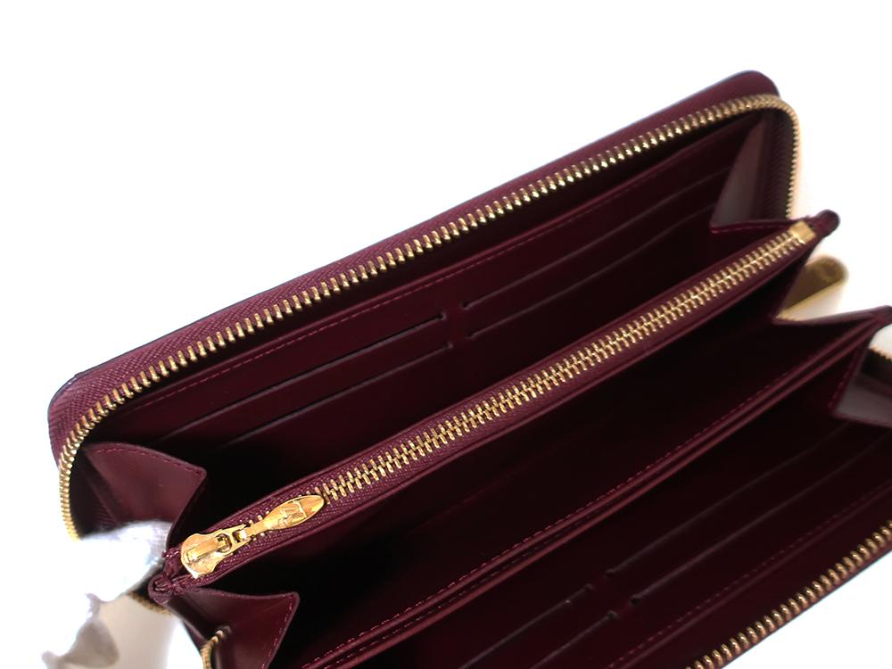 ルイヴィトン モノグラム・ヴェルニ ジッピー・ウォレット 長財布 M93575 カード入れ01