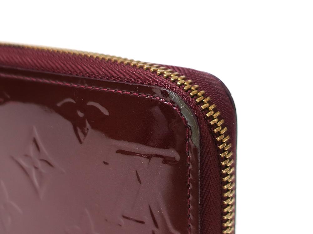 ルイヴィトン モノグラム・ヴェルニ ジッピー・ウォレット 長財布 M93575 外側ダメージ02