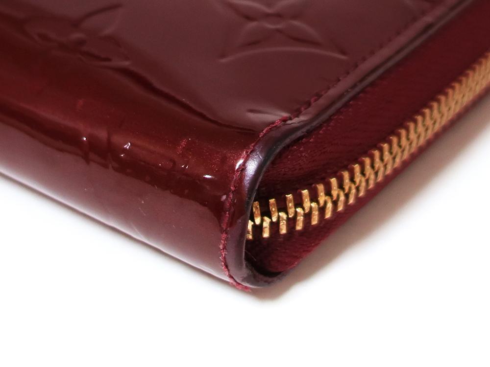 ルイヴィトン モノグラム・ヴェルニ ジッピー・ウォレット 長財布 M93575 Bランク 外側ダメージ01