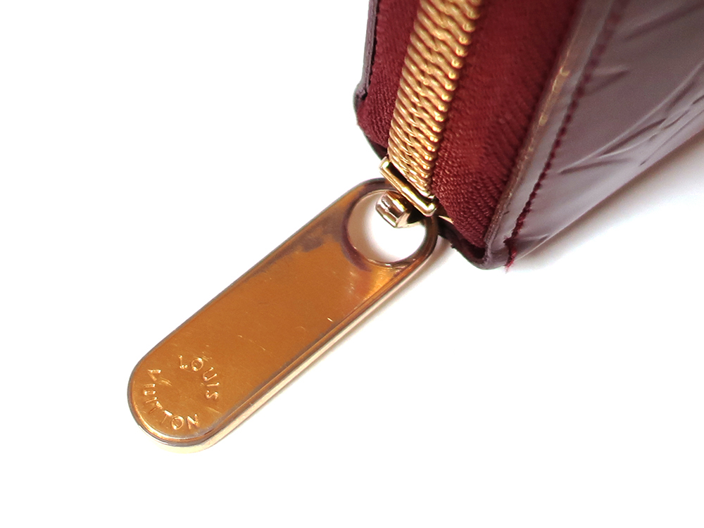 ルイヴィトン モノグラム・ヴェルニ ジッピー・ウォレット 長財布 M93575 Bランク 外側ダメージ04