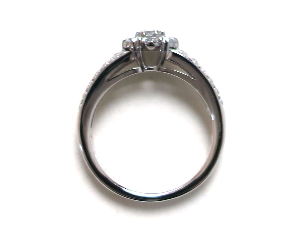 ヴァン クリーフ&アーペル フルーレット ダイヤモンドリング ホワイトゴールド 上面