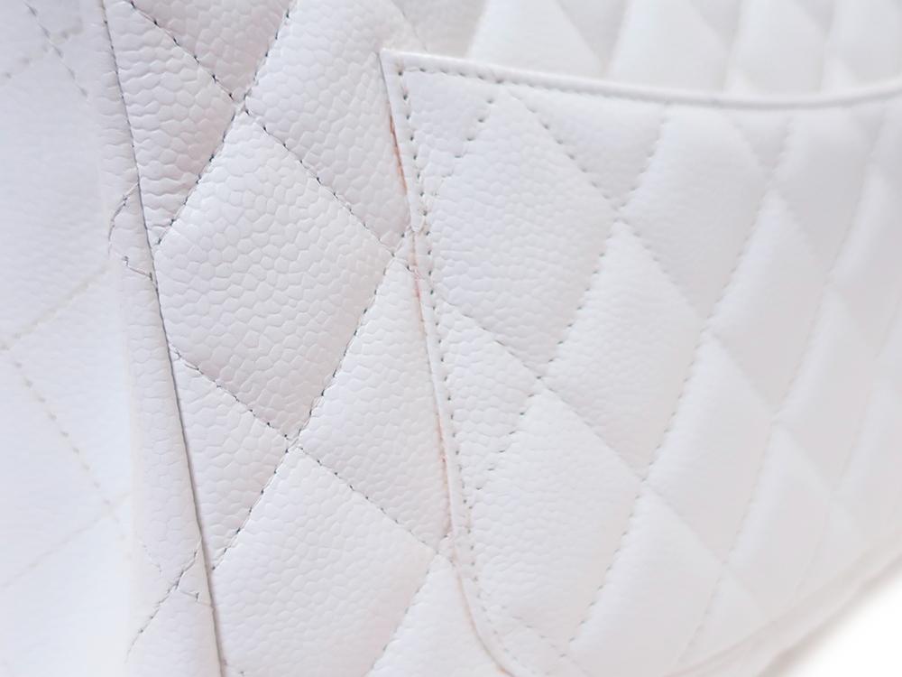 シャネル マトラッセ Wチェーン ショルダーバッグ キャビアスキン ホワイト A28600 外側ダメージ02