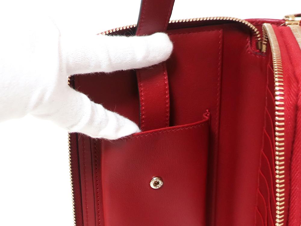 グッチ マイクログッチシマ トラベルドキュメントケース 長財布 レッド 544250 ボタン式スマフォポケット03