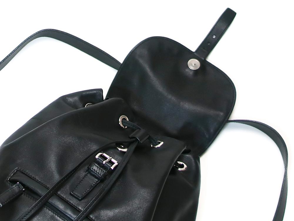 プラダ ネロ バックパック BZ032L 上面開