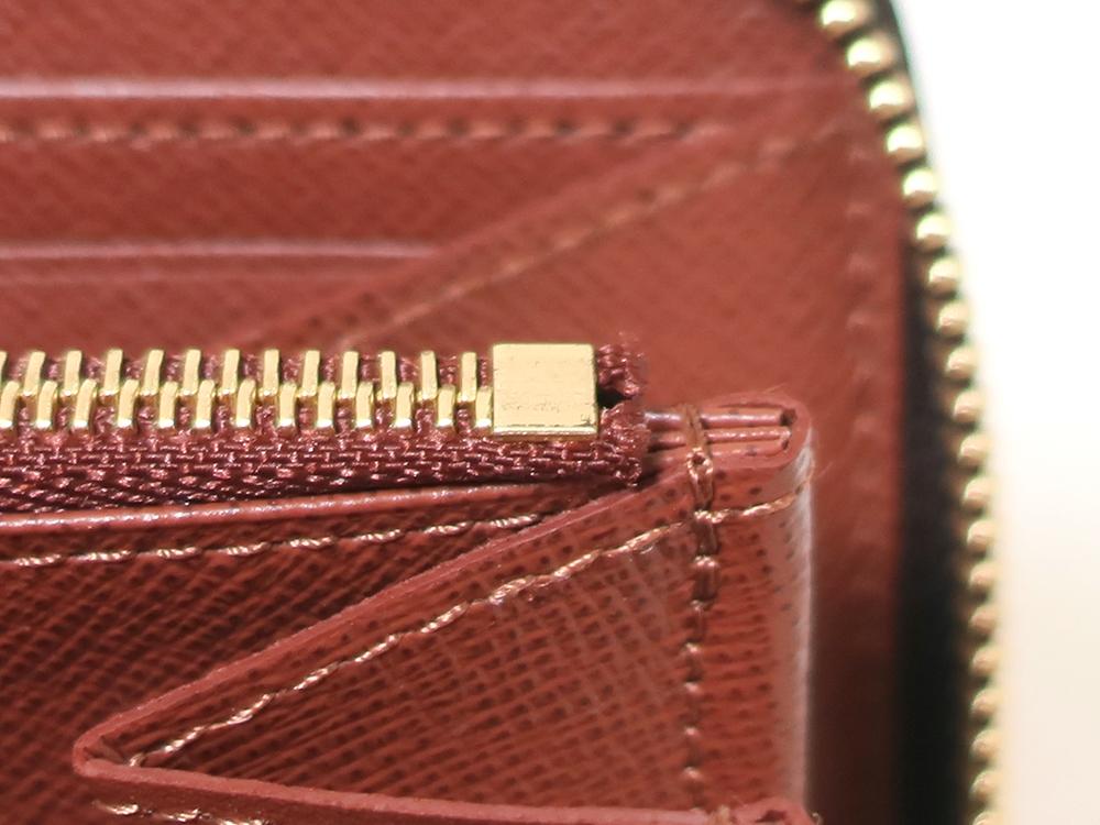 ルイヴィトン モノグラム ジッピー・ウォレット 長財布 M42616 内側ダメージ02