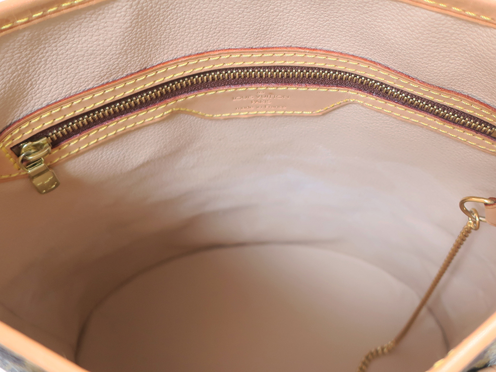 ルイヴィトン モノグラム バケットPM M42238 内側ダメージ01