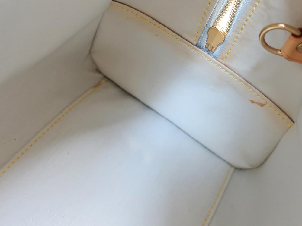 ルイヴィトン モノグラム・ミニ マリー M92003 内側ダメージ03
